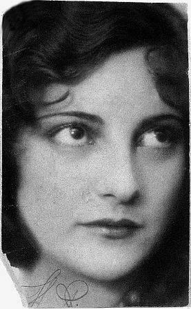 Мать - Юлия Предтеченская